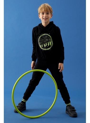 Defacto –Fit Erkek Çocuk Baskılı Sweatshirt ve Eşofman Takım Siyah
